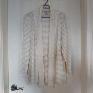 Algo  blazer/ hanging